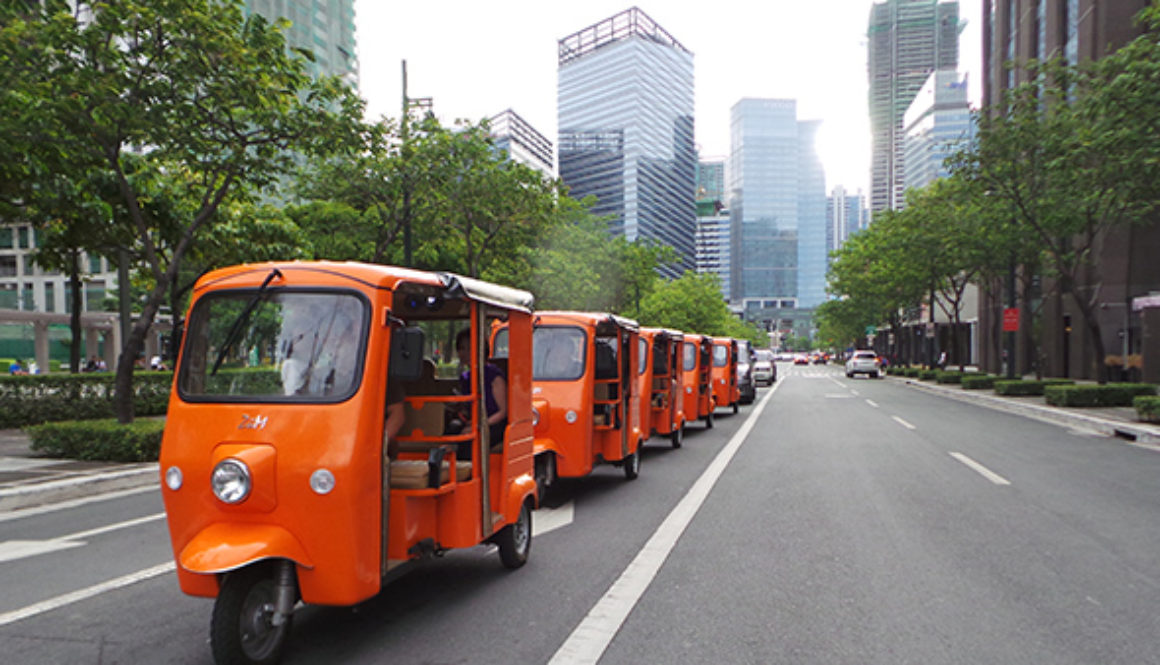 Going-zero-emissions-one-ZUM-e-shuttle-transport-at-a-time